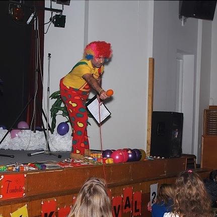Divadlo V batohu - klaun